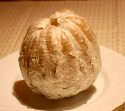 Pomelo schälen: Pomelo ohne Schale