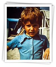 Gabriel als Kind an der Ostsee