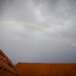 Regenbogen auf dem Dach