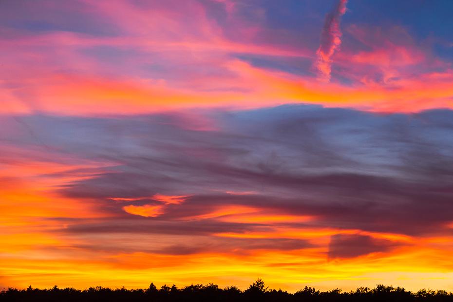 Abendrot mit Feuerwolken-Himmel