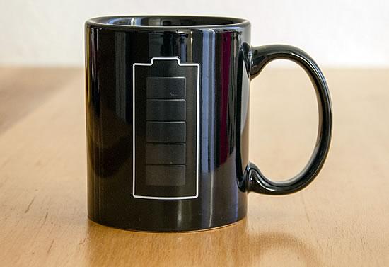 Thermo-Tasse mit Batterie-Anzeige