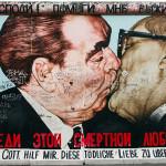 Bruderkuss von Honecker&Breschnew (EastSideGallery)