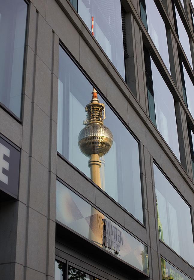 Fernsehturm Berlin Spiegelbild