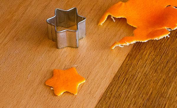 Mandarinenschale-Stern herausgelöst